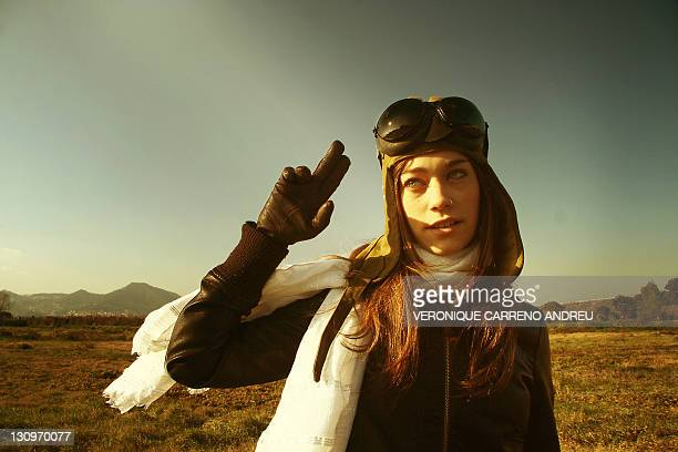 aviator young girl - aviator's cap stock pictures, royalty-free photos & images