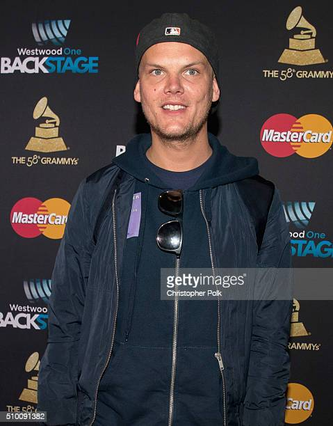 Avicii poses with TJX Rewards Platinum MasterCard Card holders at the MasterCard Lounge at Westwood One Backstage on February 13 2016 in Los Angeles...