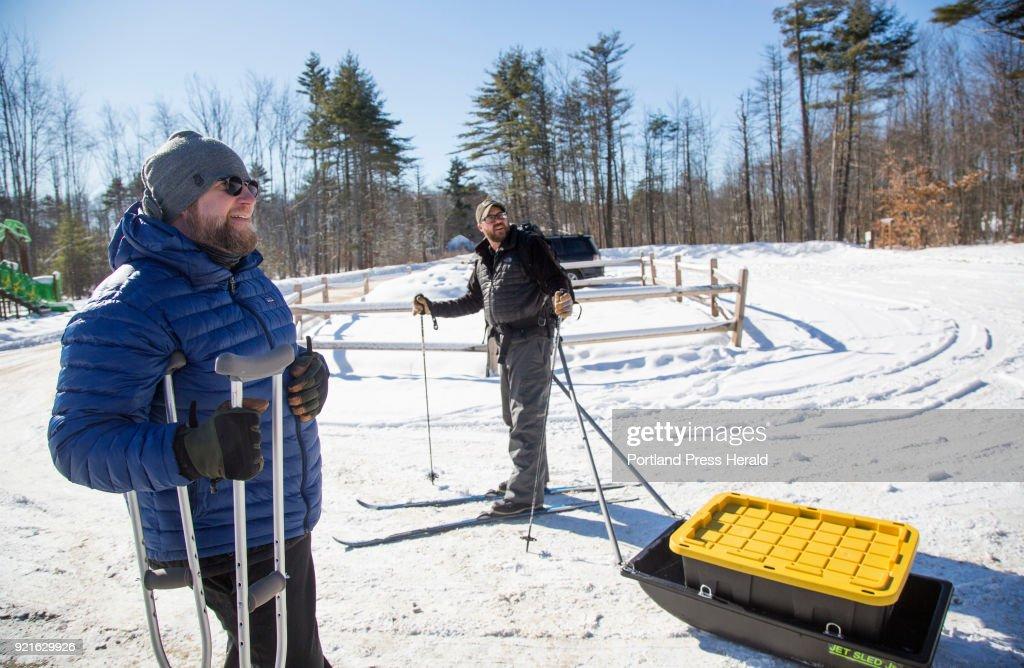 Winter camping sleds : Foto di attualità