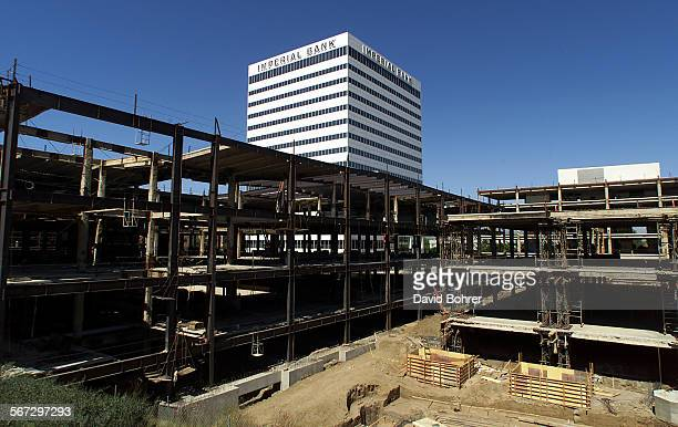 Aview of the current construction at the Sherman Oaks Galleria at Sepulveda and Ventura Blvd's Photo taken 6/5/2000
