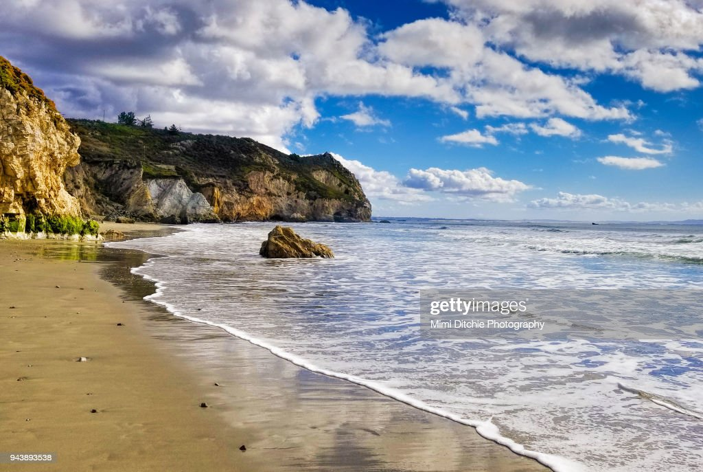 Avila Beach Wave and Clouds : Stock Photo