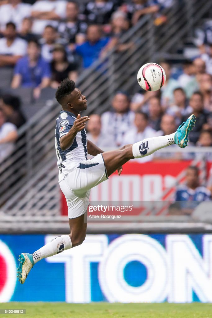 Aviles Hurtado of Monterrey controls the ball during the 8th round match between Monterrey and Necaxa as part of the Torneo Apertura 2017 Liga MX at BBVA Bancomer Stadium on September 09, 2017 in Monterrey, Mexico.