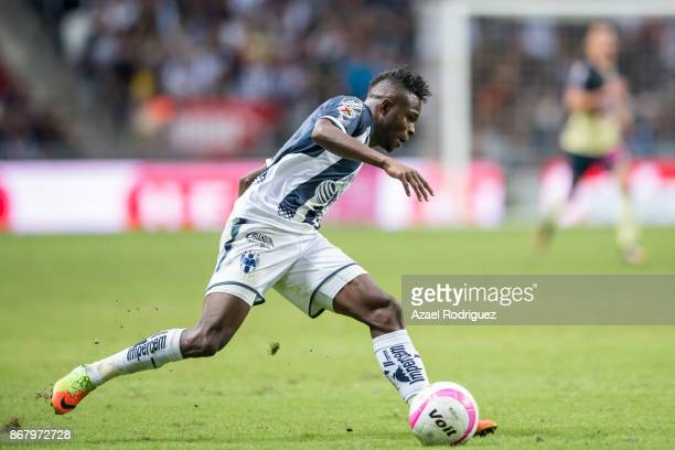 Aviles Hurtado of Monterrey drives the ball during the 15th round match between Monterrey and America as part of the Torneo Apertura 2017 Liga MX at...