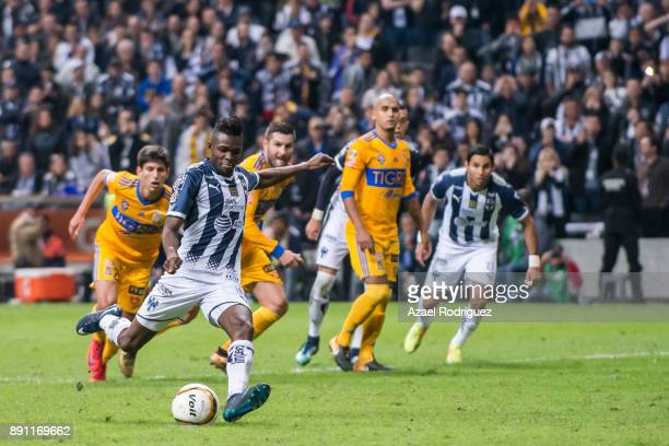 Aviles Hurtado of Monterrey takes a penalty kick during the second leg of the Torneo Apertura 2017 Liga MX final between Monterrey and Tigres UANL at...