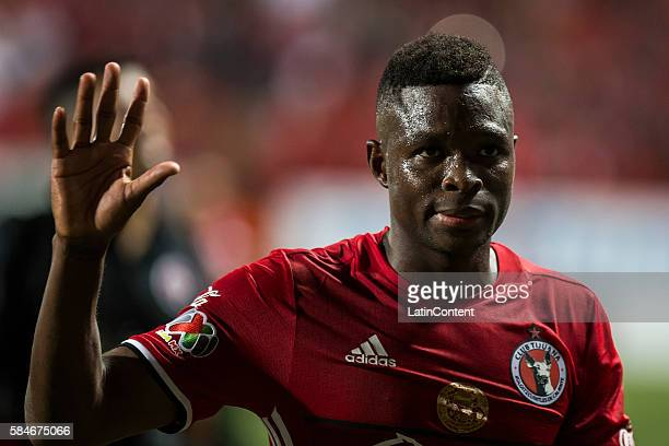 Aviles Hurtado of Tijuana farewells after the 3rd round match between Tijuana and Chivas as part of the Torneo Apertura 2016 Liga MX at Caliente...