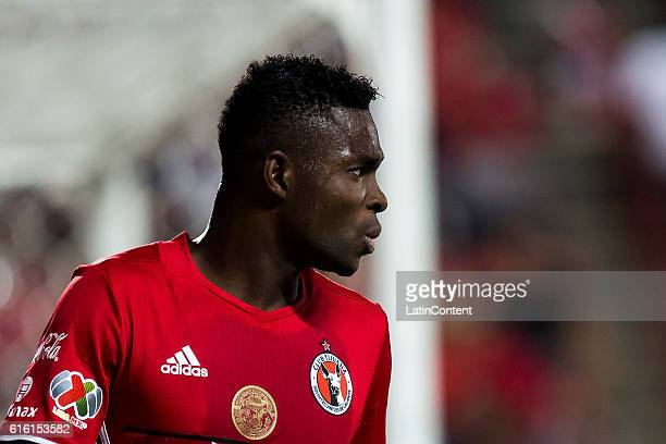 Aviles Hurtado of Tijuana looks on during the 14th round match between Tijuana and Chiapas as part of the Torneo Apertura 2016 Liga MX at Caliente...