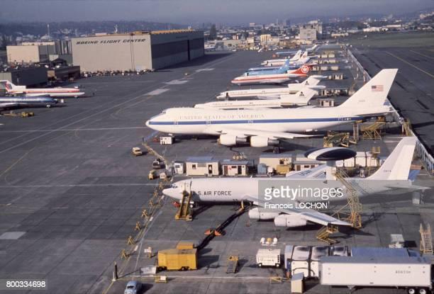 Avions dans l'usine Boeing de Seattle circa 1980 aux ÉtatsUnis