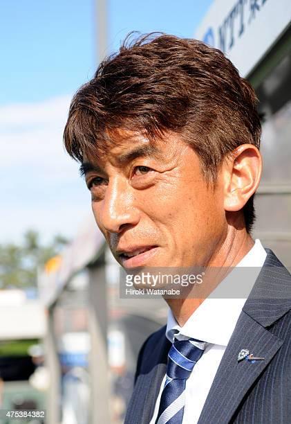 Avispa Fukuoka head coach Masami Ihara looks on prior to the JLeague second division match between Omiya Ardija and Avispa Fukuoka at Nack 5 Stadium...