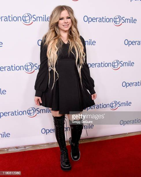 Avril Lavigne arrives at Operation Smile's Hollywood Fight Night at The Beverly Hilton Hotel on November 6, 2019 in Beverly Hills, California.