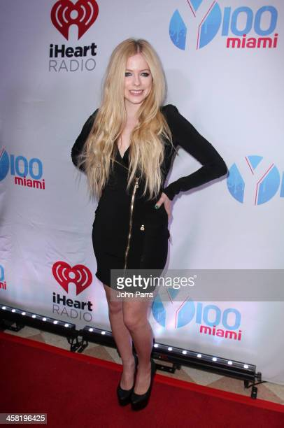 Avril lavigne getty images avril lavigne attends y100s jingle ball 2013 presented by jam audio collection at bbt center on voltagebd Image collections