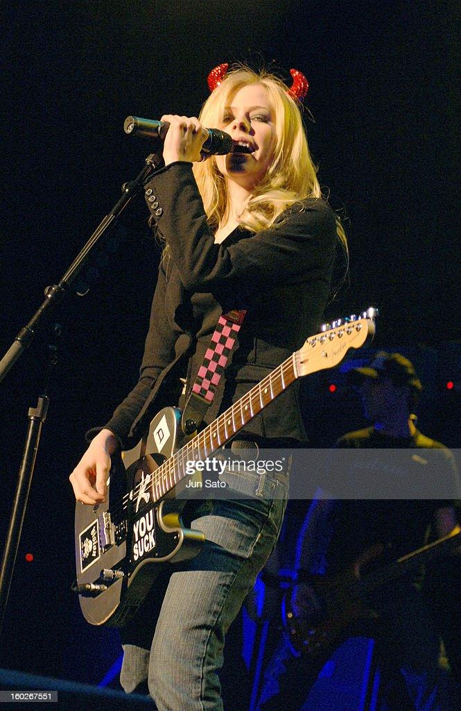 BONEZ BAIXAR TOUR 2005 LAVIGNE AVRIL