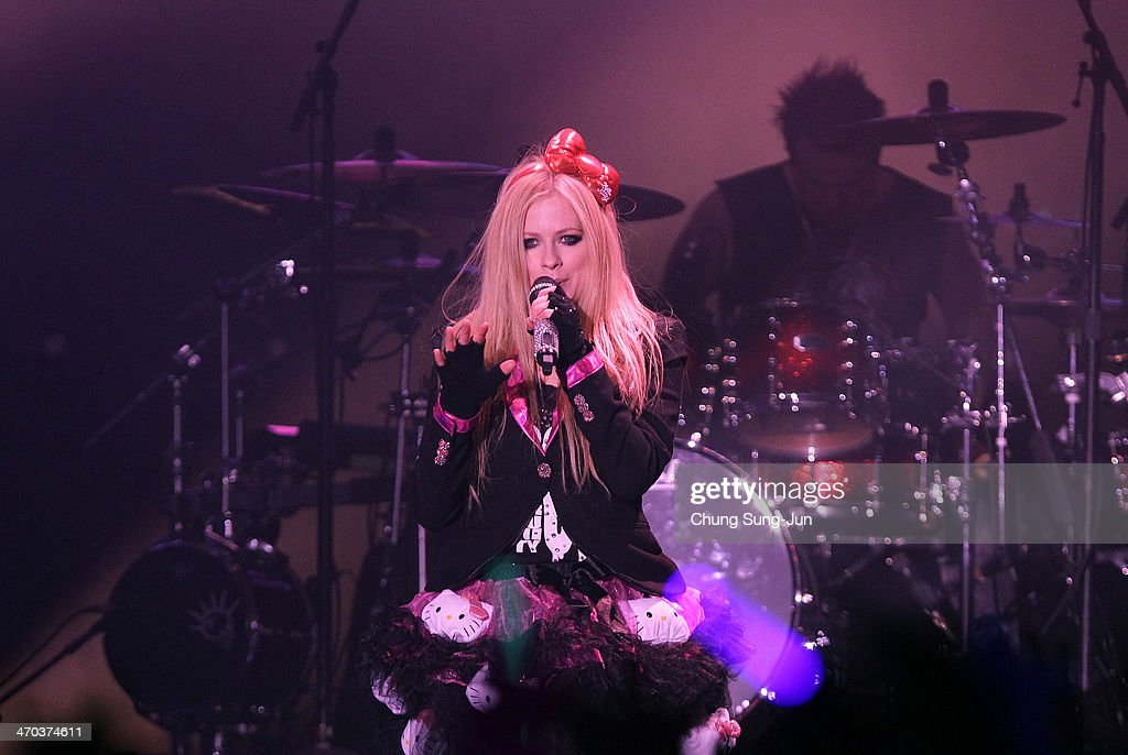 Avril Lavigne In Seoul : News Photo