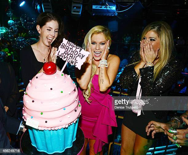Avril Levigne celebrates her 30th birthday with sister inlaw Amie Lavigne and best friend Caryn Alpert at the Bank Nightclub in the Bellagio Hotel...