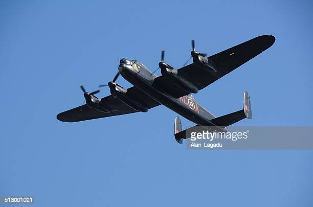 avro lancaster bomber, u.k. - lancaster bomber stock pictures, royalty-free photos & images