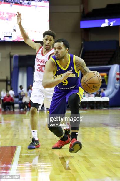Avry Holmes of the Santa Cruz Warriors handles the ball against Memphis Hustle during an NBA GLeague game on March 10 2018 at Landers Center in...