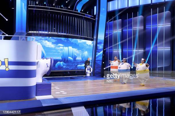 "Aw Snap Out of It"" Episode 406 -- Pictured: Ellen DeGeneres, Arthur Toole, Lauren Dillingham, Tameka White-Yates --"