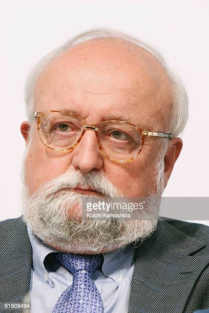 Award recipient of the 16th Praemium Imperiale Krzysztof Penderecki attends a press conference on October 20 2004 in Tokyo Japan The Praemium...