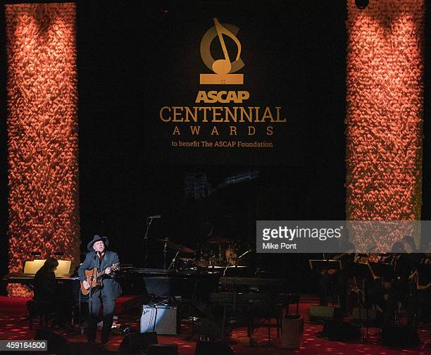 Award recipient, singer-songwriter Garth Brooks performs during the ASCAP Centennial Awards at The Waldorf Astoria on November 17, 2014 in New York...