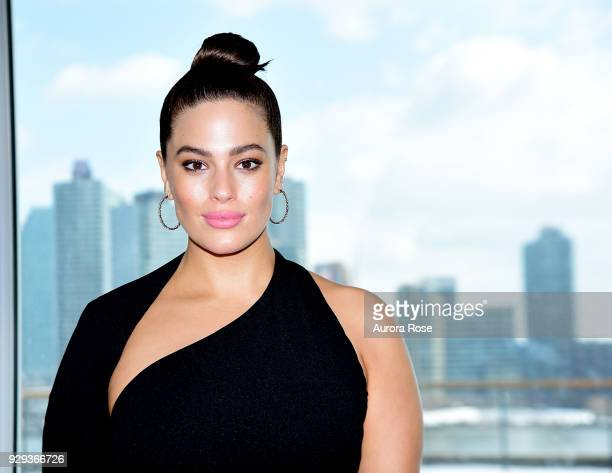 Award Winner Ashley Graham Poses at the UNWFPA Annual Awards Luncheon on March 8 2018 in New York City