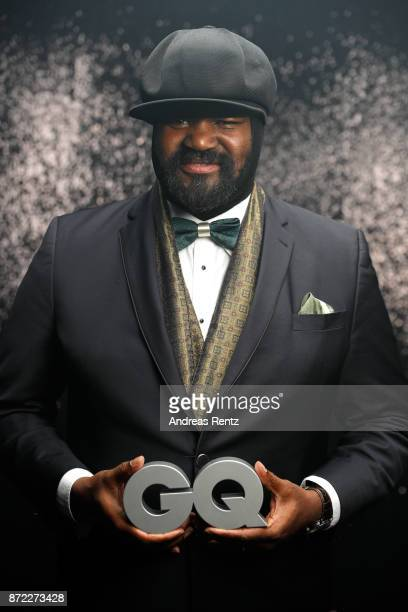 Award winner Music International Gregory Porter poses backstage at the GQ Men of the year Award 2017 at Komische Oper on November 9 2017 in Berlin...