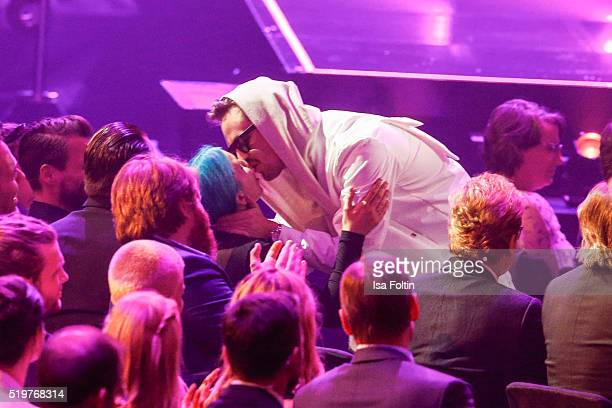 Award winner Robin Schulz kisses his girlfriend during the Echo Award 2016 show on April 07 2016 in Berlin Germany