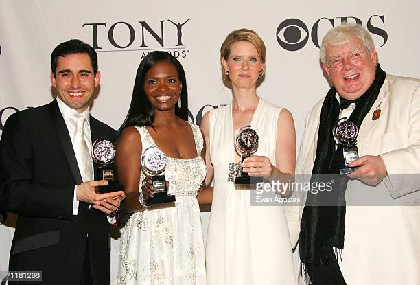 Award winners John Lloyd Young LaChanze Cynthia Nixon Richard Griffiths pose with their awards backstage at the 60th Annual Tony Awards at Radio City...