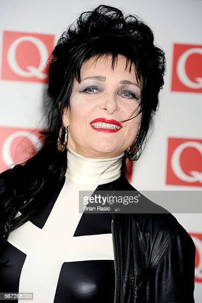 Siouxsie Q Nude Photos 24