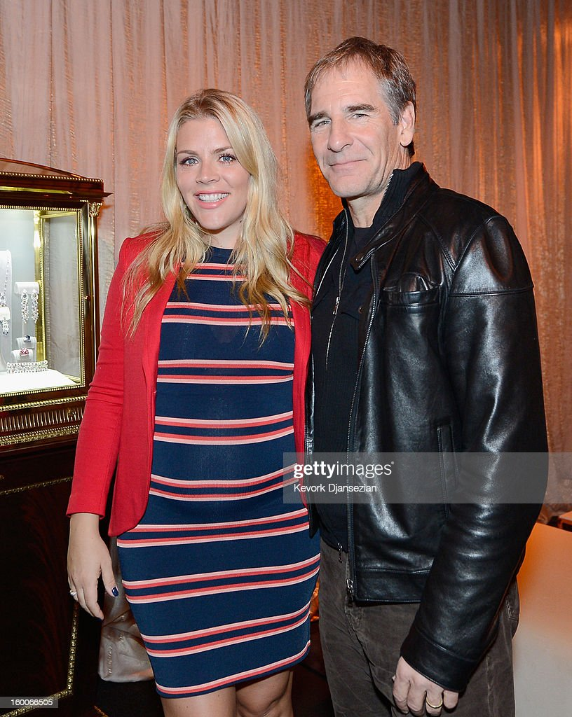 Awards social media ambassador Busy Philipps and SAG Awards Committee member actor Scott Bakula attends the 19th Annual Screen Actors Guild Awards ceremony behind the scenes event at The Shrine Auditorium on January 25, 2013 in Los Angeles, California.