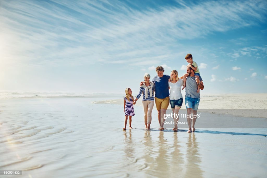 Away from the crowds with the people who truly matter : Stock Photo