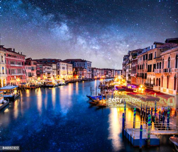 awessome photo venecia venezia venice milkyway night ponte di rialto view clouds