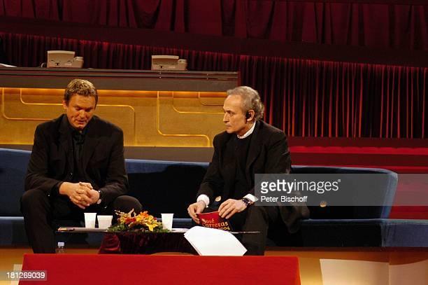 Axel Bulthaupt Jose Carreras ARDBenefizShow J o s e C a r r e r a s Gala 2004 Leipziger Messehalle 1/Leipzig MDR Spenden BenefizVeranstaltung...