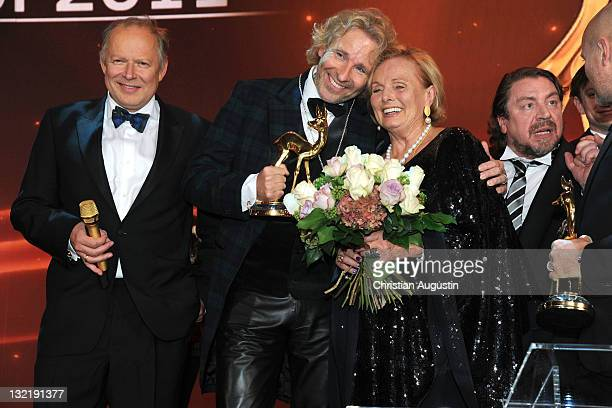 Axel Milberg Thomas Gottschalk RuthMaria Kubitschek Armin Rohde and Christian Berkel pose with their award after the Bambi Award 2011 show at the...