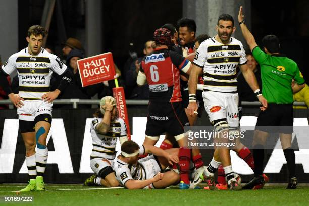 Axel Muller Aranda of Oyonnax celebrates after scoring a try during the Top 14 match between Oyonnax and La Rochelle on January 6 2018 in Oyonnax...