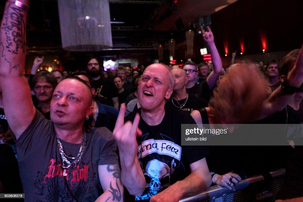 """Deutsche Hard-Rock- und Heavy-Metal-Gitarrist Axel Rudi Pell gastiert mit seiner Band auf seiner """"Game of Sins""""-Tour in der Live Music Hall Köln : News Photo"""