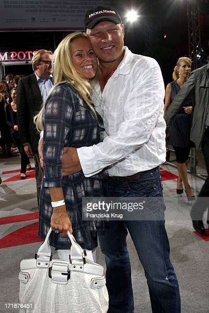 Axel Schulz and wife Patricia Upon arrival to the premiere film Inglourious Basterds In Berlin Theater Am Potsdamer Platz
