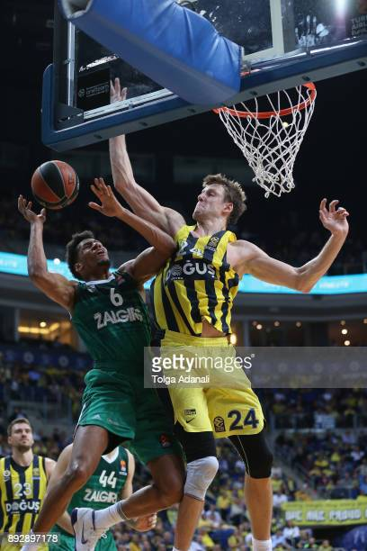Axel Toupane #6 of Zalgiris Kaunas and Jan Vesely #24 of Fenerbahce Dogus in action during the 2017/2018 Turkish Airlines EuroLeague Regular Season...