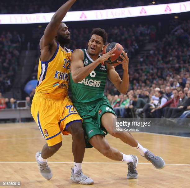 Axel Toupane #6 of Zalgiris Kaunas competes with Charles Jenkins #22 of Khimki Moscow Region in action during the 2017/2018 Turkish Airlines...