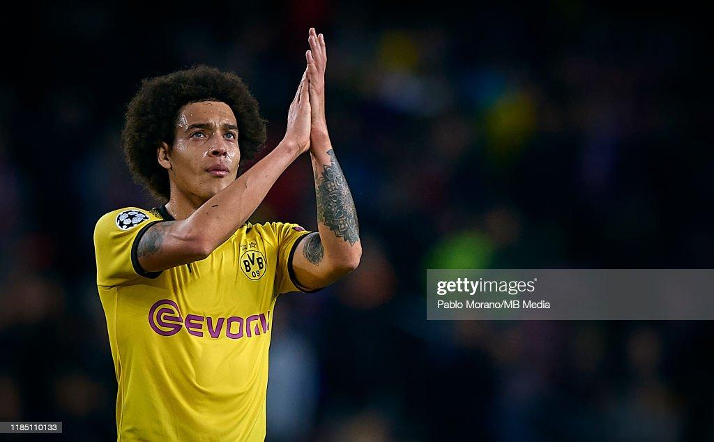 FC Barcelona v Borussia Dortmund: Group F - UEFA Champions League : News Photo