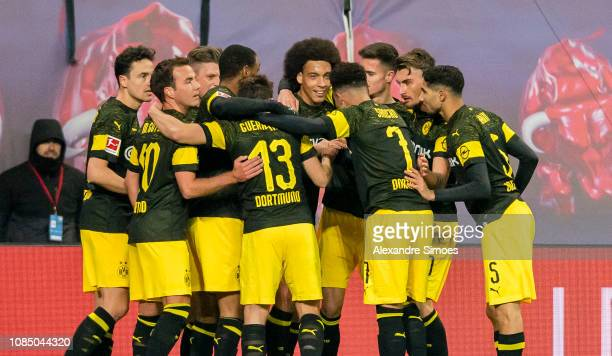 Axel Witsel of Borussia Dortmund celebrates after scoring the opening goal during the Bundesliga match between RB Leipzig and Borussia Dortmund at...