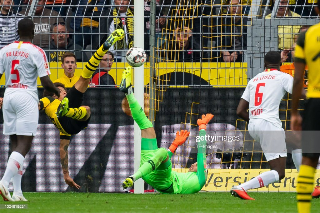 Axel Witsel of Borussia Dortmund scores the team`s third goal during the Bundesliga match between Borussia Dortmund and RB Leipzig at Signal Iduna Park on August 26, 2018 in Dortmund, Germany.