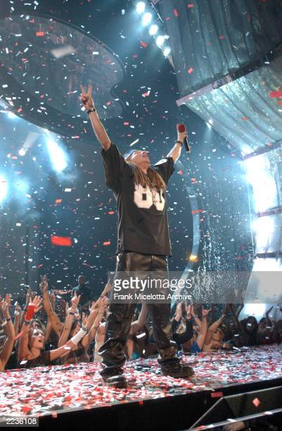 Axl Rose and Guns and Roses performing at the 2002 MTV Video Music Awards at Radio City Music Hall in New York City, August 29, 2002. Photo by Frank...