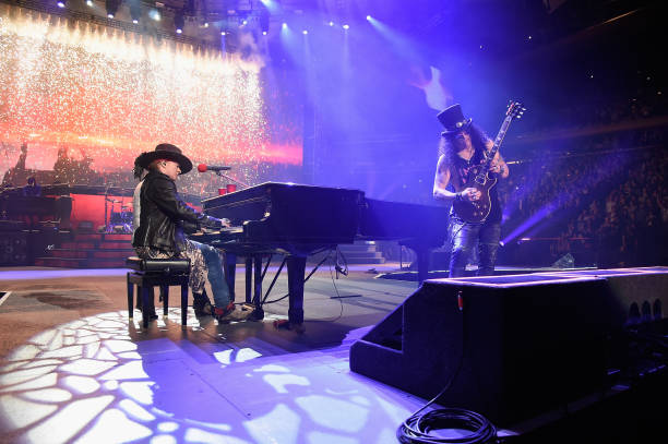 Fotos Und Bilder Von Guns N 39 Roses Not In This Lifetime Tour New York Getty Images