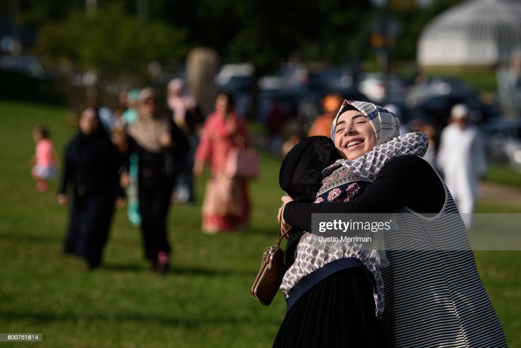 Muslims Mark End Of Ramadan In Pittsburgh, Pennsylvania : Nieuwsfoto's