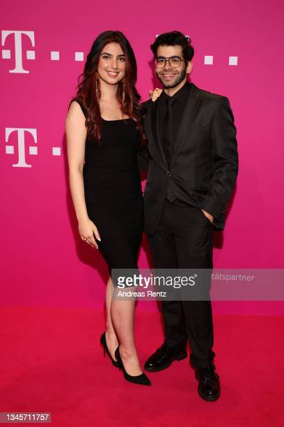 Aya Jaff and Ali Kaduhm arrive for the world premiere of Beethoven's 10th symphony, completed by artificial intelligence on October 09, 2021 in Bonn,...