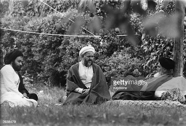 Ayatollah Khomeini Iranian religious and political leader in Paris