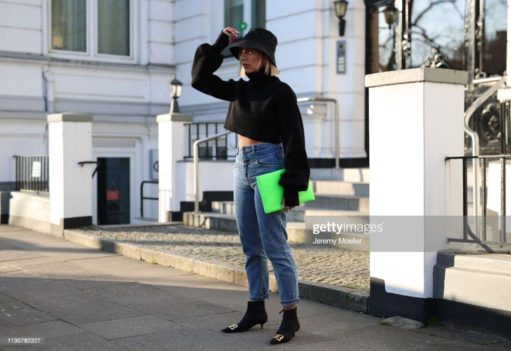 Street Style - Hamburg - February 18, 2019 : Photo d'actualité