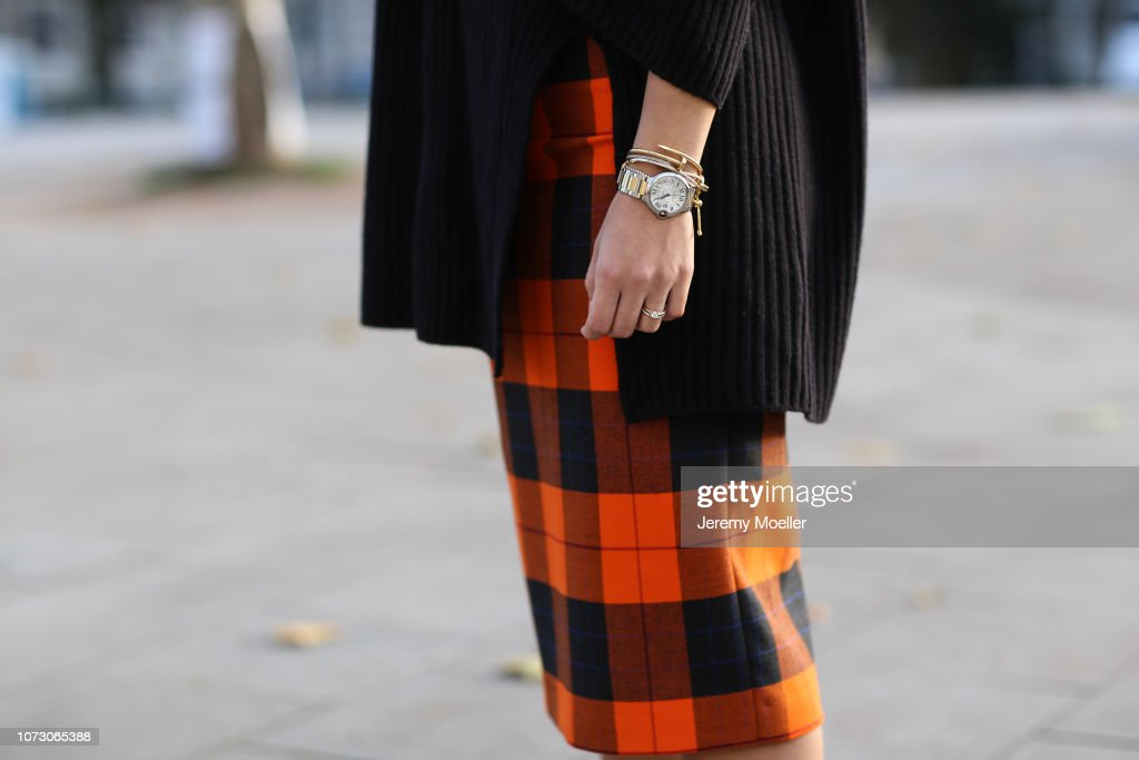 Street Style - Hamburg - November 26, 2018 : News Photo