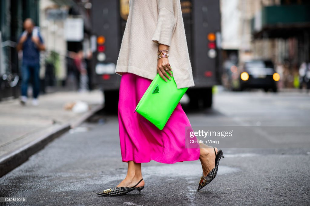 Street Style - New York Fashion Week September 2018 - Day 8 : Nachrichtenfoto