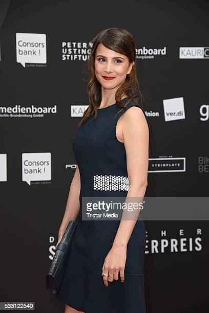 Aylin Tezel attends the Deutscher Schauspielerpreis 2016 on May 20, 2016 in Berlin, Germany.