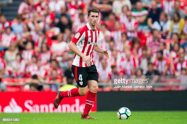 Aymeric Laporte of Athletic Club controls the ball during the La Liga match between Athletic Club Bilbao and Sevilla FC at San Mames Stadium on...